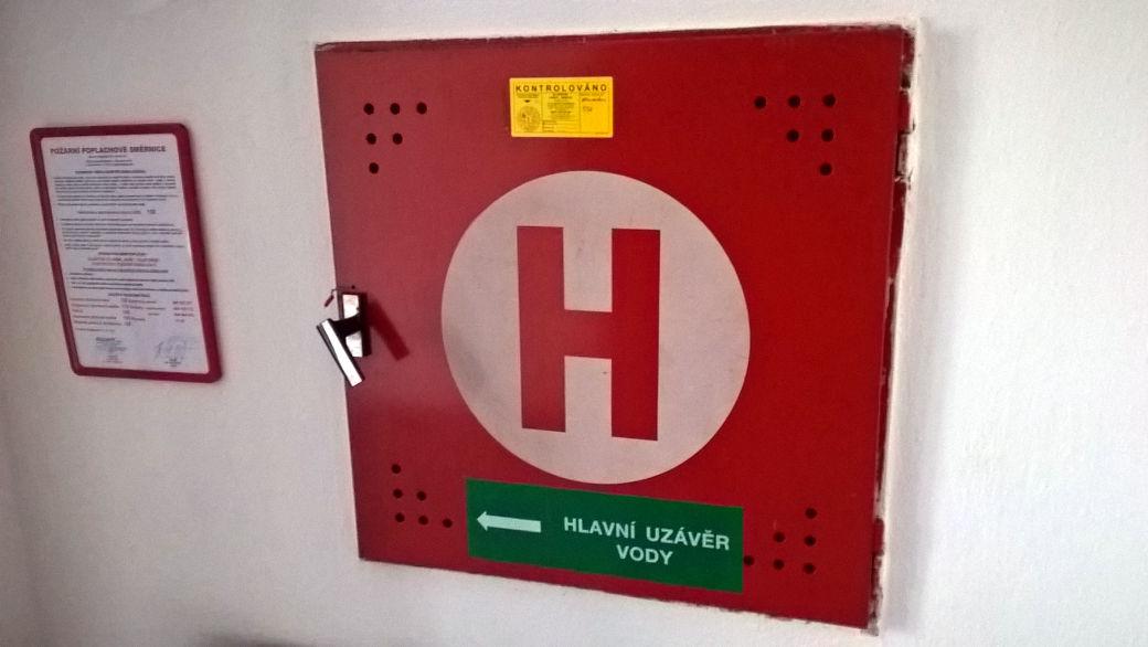 Jednoznačné označení místa, které hraje klíčovou roli v případě boje s požárem.