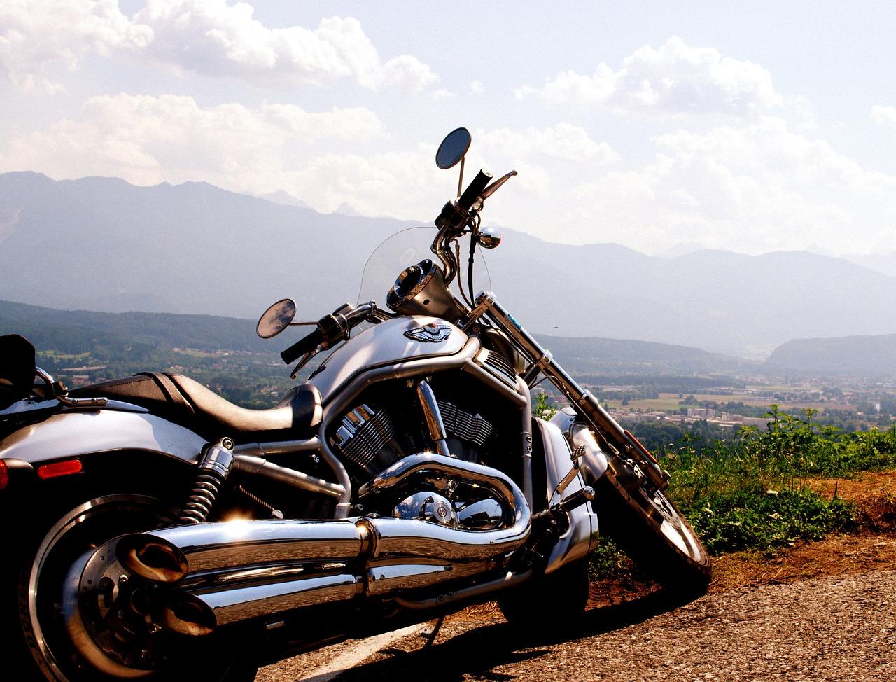Harley Davidson. Typický zástupce archetypu Psanec (Outlaw).