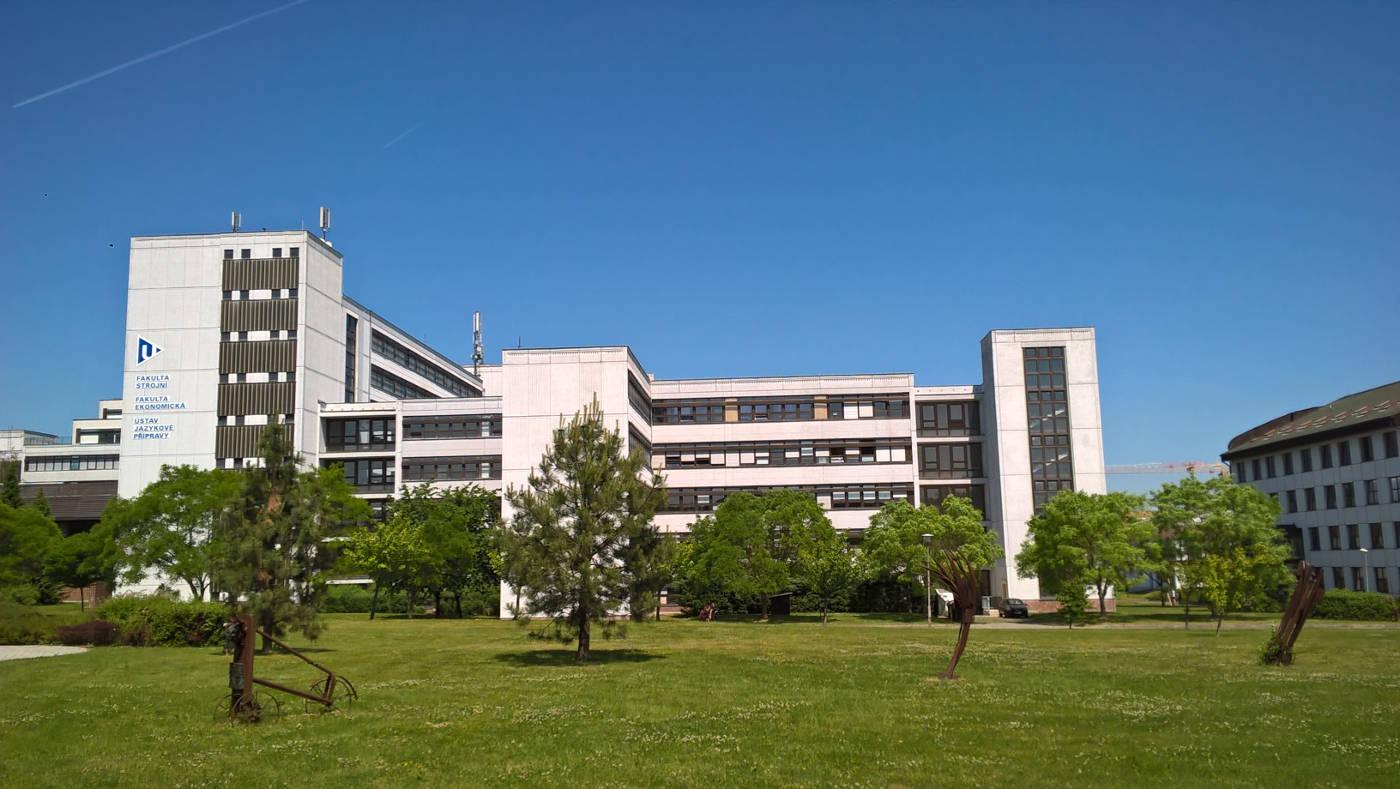 Nová budova FEK ZČU v Plzni